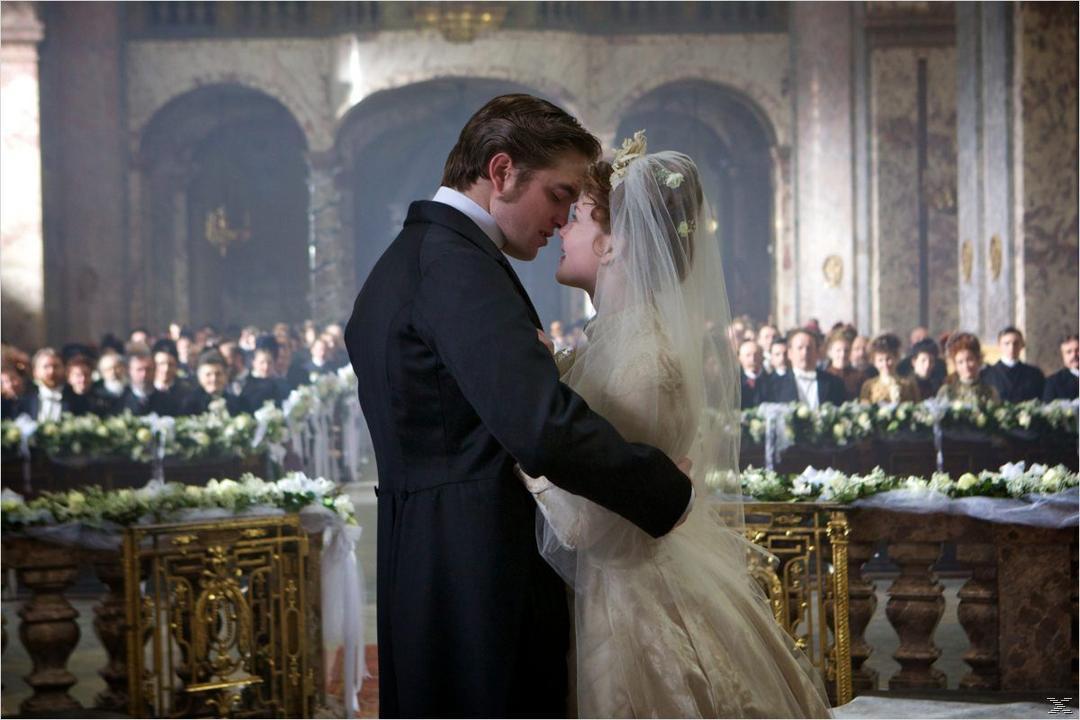 Beyond the Moon - Robert Pattinson, Kristen Stewart & Taylor Lautner Collection [DVD]