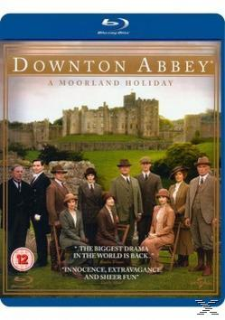 DOWNTON ABBEY: A MOORLAND HOLIDAY [BLU R